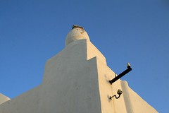 Sifnos Skyscapes XXIII - IMG_3675 ed (Dimitris Papazimouris) Tags: blue sky white detail art architecture greek greece minimalism skyscapes apollonia sifnos cyclades canon30d canon24105f4