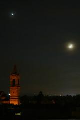 Finestra di casa 4 (ernie_mcmillan) Tags: italy moon italia luna campanile venere notturno romagna faenza supershot