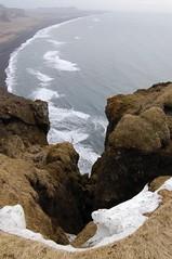 Vik II (Deivis) Tags: beach see iceland islandia playa cliffs vik acantilado 2007 deivis