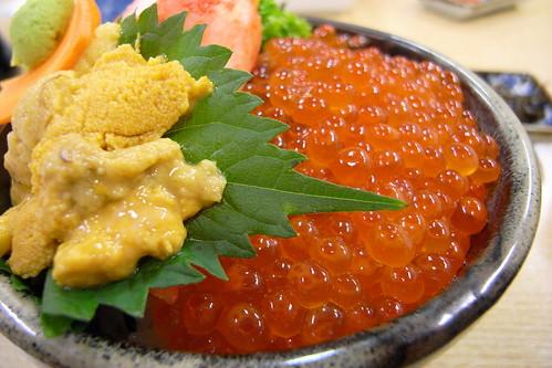 朝からイクラ雲丹蟹丼!