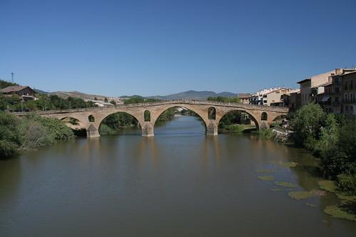 Puente la Reina 01 por Umberto Luparelli.