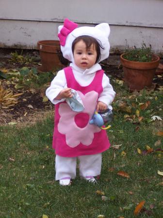 Halloween 2004 - Hello Kitty by Zelda139