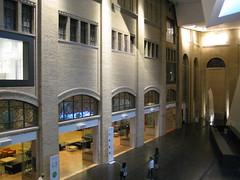 Royal Ontario Museum (14) (chicgeekuk) Tags: toronto ontario laura rom royalontariomuseum kishimoto laurakishimoto laurakishimotoca