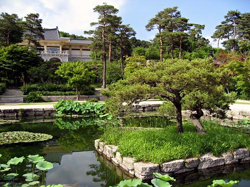 Hee Won Garden