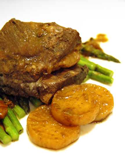 Braised Short Ribs with Daikon & Asparagus