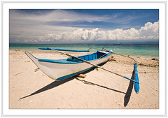 Beached (Ian Dawes) Tags: philippines puertogalera mindoro scubatrip atlantisdiveresort