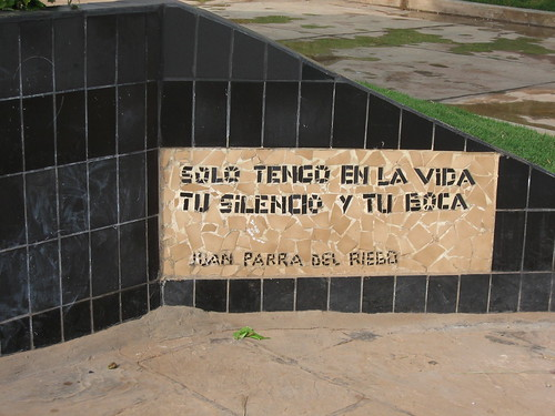 amor quotes. Parque del Amor quotes 3. Good luck on translating that one too.