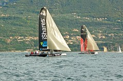 IShares and Tommy (faxao) Tags: boats garda sailing barche vela ishares centomiglia extreme40