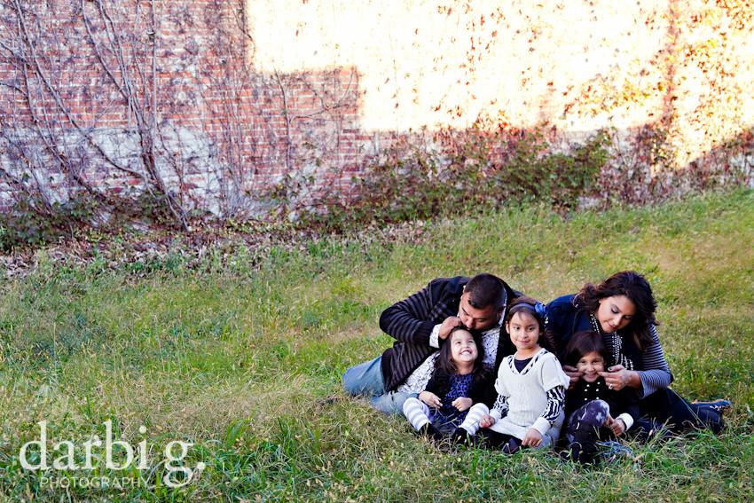 blog-Kansas City family child kids photographer-DarbiGPhotography-Rfam-2010-210
