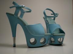 peekaboo heels (Lorena Cupcake) Tags: feet socks shoes heels kicks shoegazer kneehighsocks lowerhalf otks