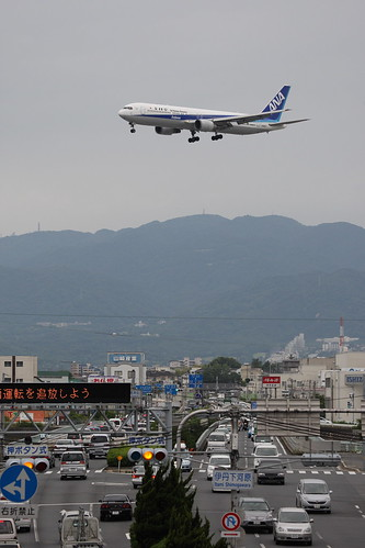 ANA's B767-300ER over National Route 171