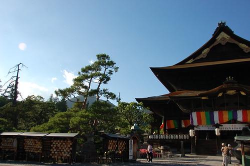 zenkouji shrine