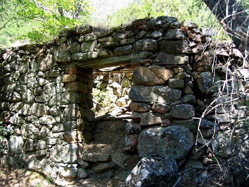 Ruines du hameau de Candela en Filosorma