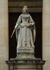 Queen Anne at St. Paul's (jbparker) Tags: uk england sculpture building london church statue architecture lenstagged cathedral unitedkingdom queenanne stpauls queen stpaulscathedral canon70300f456