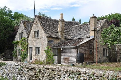 Hazelnut Cottage in Ablington, which was sold for £560,000 by Strutt & Parker