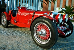 red portugal car rouge antiquecar lisbon belem carros automobiles voitures brooklands rileybrooklands flickrduel worldcars 1on1planestrainsautomobiles 1on1planestrainsautosphotooftheweek 1on1planestrainsautosphotooftheweekjanuary2011