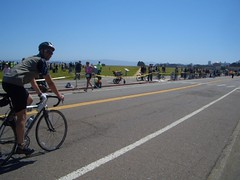 Pat finishing up on the bike (john hayato) Tags: sf escapefromtherock