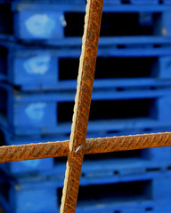 Rust and Blue (Little Egret) Tags: uk blue colour texture kent rust cross searchthebest vivid shape pallets faversham aplusphoto colourartaward