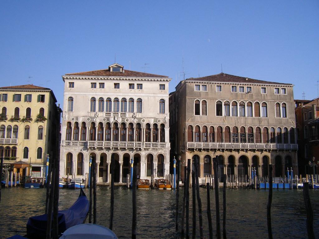 Palazzo Loredan (left) and Palazzo Farsetti (right), early thirteenth century, Grand Canal, Venice