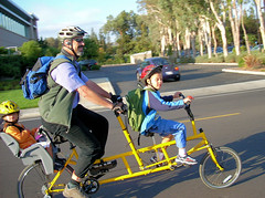 Kids Tandem (Richard Masoner / Cyclelicious) Tags: bicycle yellow kids cycling stefan paloalto tandem cromo handbuilt bicyclebuiltforthree kidztandem browncycles