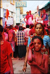 festival of colours (* Lore) Tags: street red india color colour festival calle rojo asia danza agra holy shiva hindu holi pintura bindi tercerojo