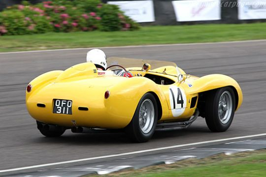 250 TR 0738TR em 2007 no Goodwood Revival #2