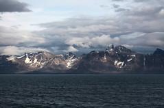 kangerlussuaq fjord (Vida Morkunas (seawallrunner)) Tags: travel cruise greenland hurtigruten cwall kangerlussuaq westgreenland july2010 vestgronland westerngreenland ataleoftwoicelands returntoeurope