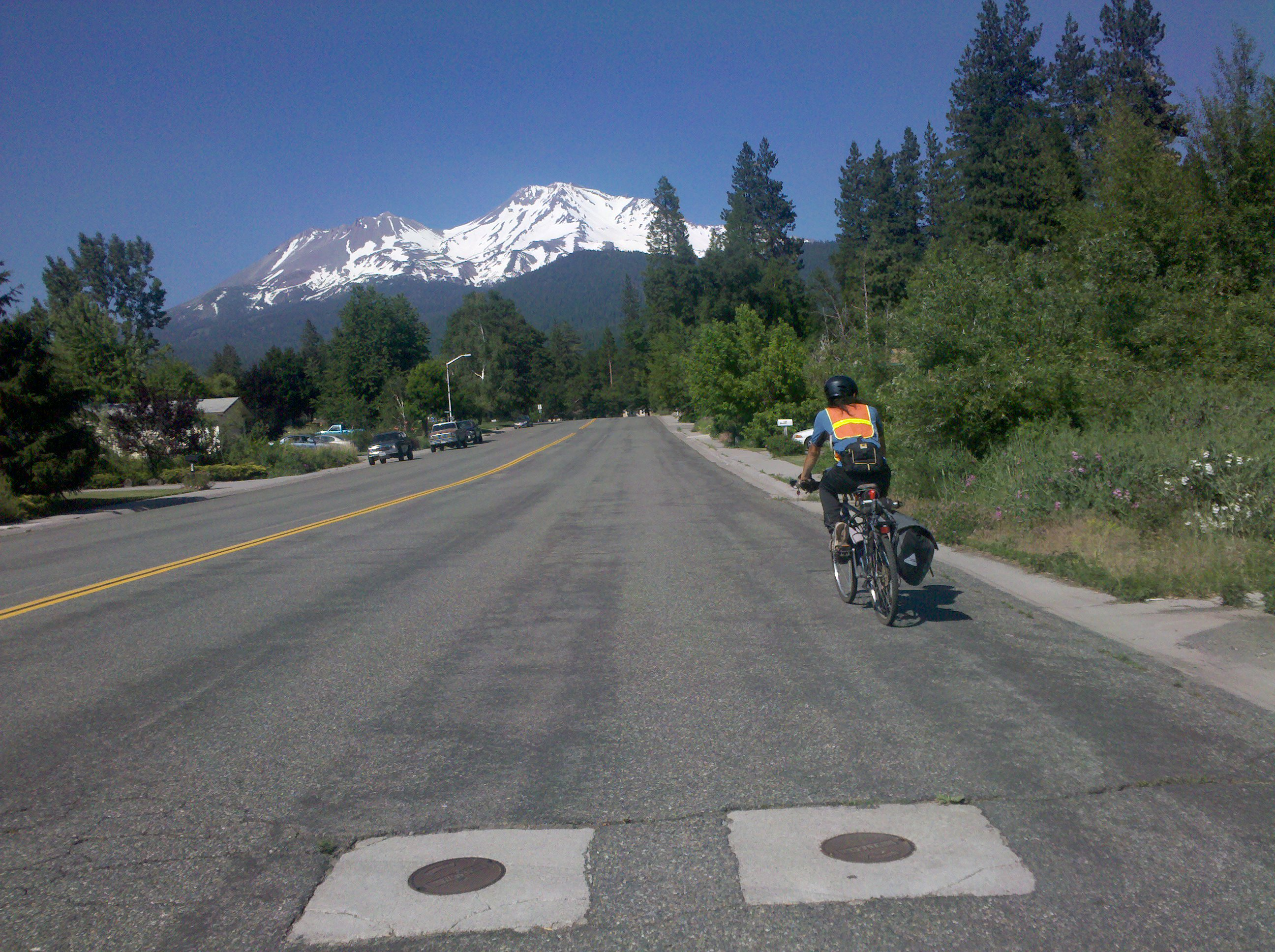 the road to Black Butte, passing Mount Shasta