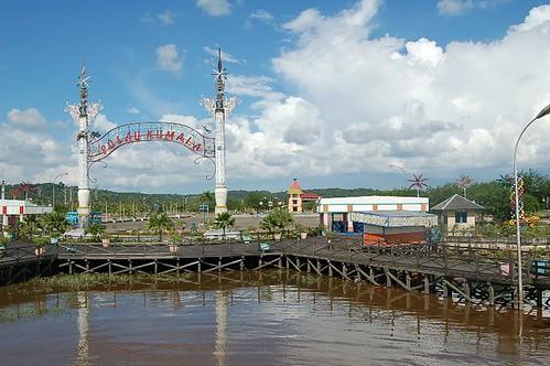 Gerbang Pulau Kumala