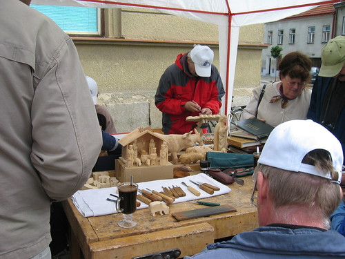 Woodcarvers' Festival in Trest