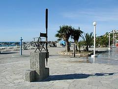 Monumento a Antonio Mercero. Nerja.
