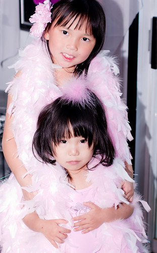 2010,Oct 23. Dress-up (Dahlia&Milana) 118