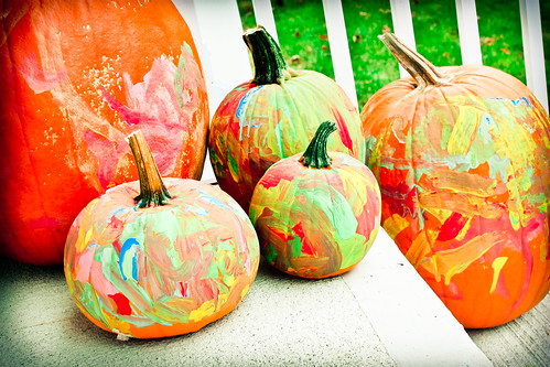 painting pumpkins-2