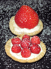 wild strawberry tart2