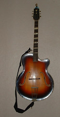 Archtop guitar - make unknown