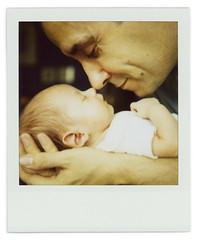 Nose + nose (Cea tecea) Tags: boy baby nose leo teo tickle 1month nariz leogeo