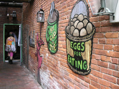 Brickway alley (Mixxie Sixty Seven) Tags: family signs breakfast restaurant bricks sunday providence rhodeisland handpainted brunch dining whimsical brickway wickendenst
