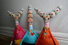 Fridas3 (cara carmina) Tags: pink flowers blue orange black mexico dolls heart frida colores artdolls fridakahlo esther corazon monas muñecas clothdolls flres lovelydolls recyclefabrics muñecasrecicladas