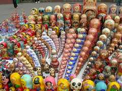 Matrushka dolls on Sparrow Hill (Jacqi B) Tags: holiday love beautiful shopping russia moscow stall moo rows colourful thebest 2007 myfaves favourited souveniers moo1 rowsofthings sparrowhill matrushkadolls moocards legertour grandrussianspectaculartour jacqistravels 36favedjan08 grsday7 travelrandomstuffilike
