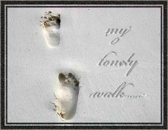 Framed Memories (di_ablow) Tags: maldives whitesand footprint momories theunforgetablepicture