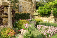 Italian Garden (David Wilmot) Tags: uk flowers garden kent italian column hevercastle