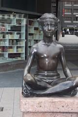 Estatua01