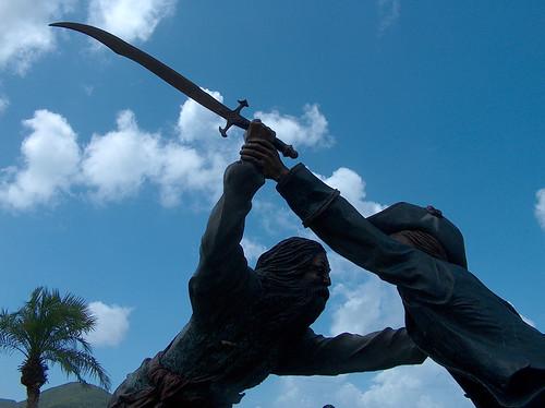 5q-Blackbeard's Castle Statues
