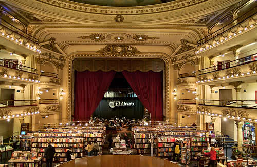 This is No Barnes and Nobel: El Ateneo B by longhorndave, on Flickr