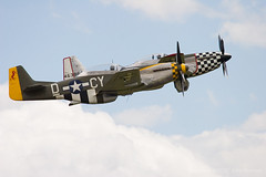 Duxford_Flying_Legends_095 (John_Kennan) Tags: slr 20d plane canon eos fighter aircraft north aeroplane na american duxford mustang p51d duxfordflyinglegends2007