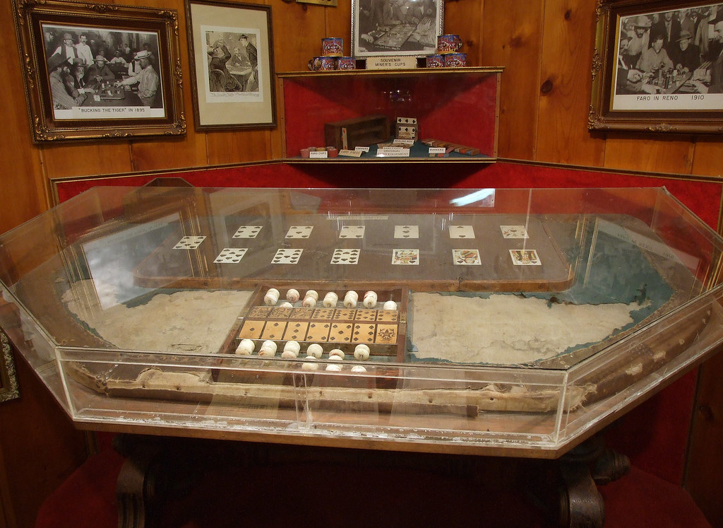 Virginia City o Suicide Table