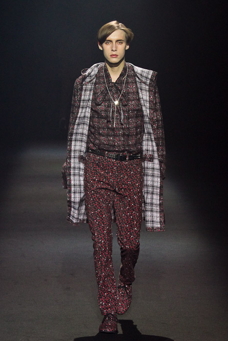 Simon Nygard3021_SS11_Tokyo_Lad Musician(Fashionsnap)