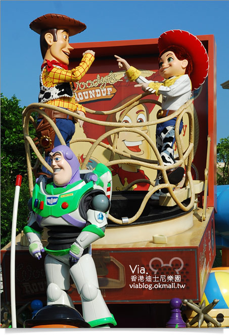 【香港迪士尼】跟著via玩香港(3)~迪士尼卡通人物歡樂巡遊41