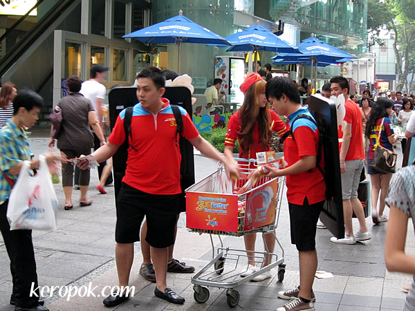 Free Detergent on Orchard Road