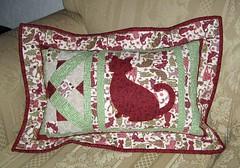 Almofada do gatinho (arteira2009) Tags: quilt pillow patch almofada gatinho